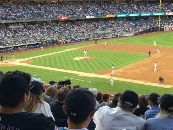 Yankee Stadium, secção: 214a, fila: 9, lugar: 1