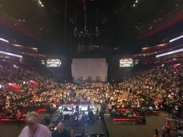 Little Caesars Arena, secção: 115, fila: 13, lugar: 17