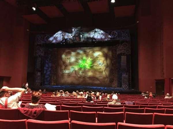 San Diego Civic Theatre, secção: Orchestra 2, fila: S, lugar: 28