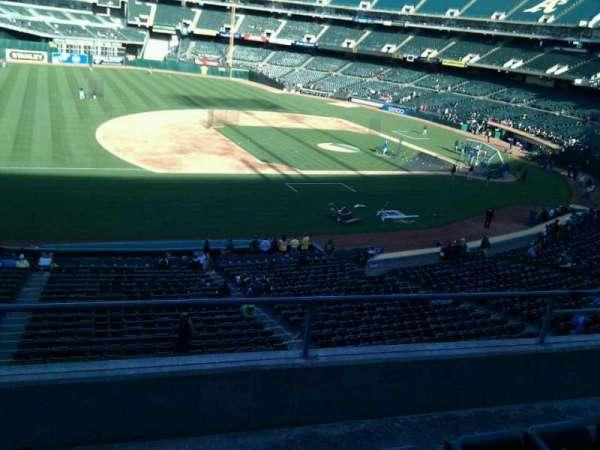 Oakland Coliseum, secção: 224, fila: 4, lugar: 17