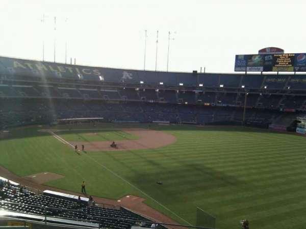 Oakland Coliseum, secção: 204, fila: 11, lugar: 7