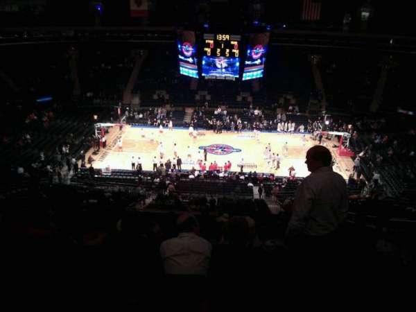 Madison Square Garden, secção: 211, fila: 17, lugar: 15