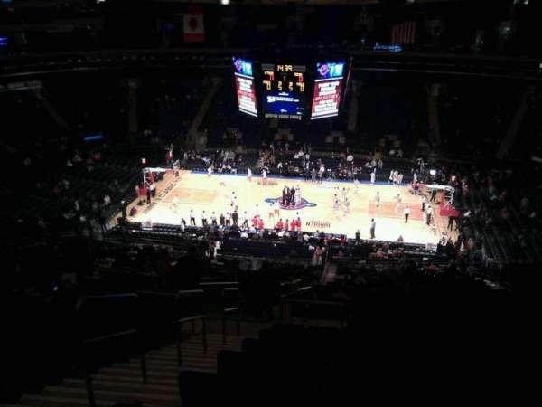 Madison Square Garden, secção: 212, fila: 20, lugar: 3