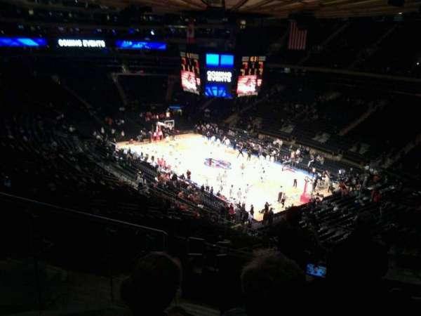 Madison Square Garden, secção: 215, fila: 12, lugar: 5
