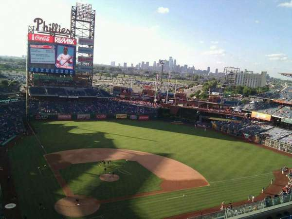 Citizens Bank Park, secção: 418, fila: 7, lugar: 19