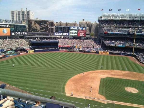 Yankee Stadium, secção: 324, fila: 7, lugar: 20