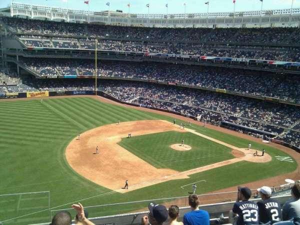 Yankee Stadium, secção: 327, fila: 6, lugar: 25
