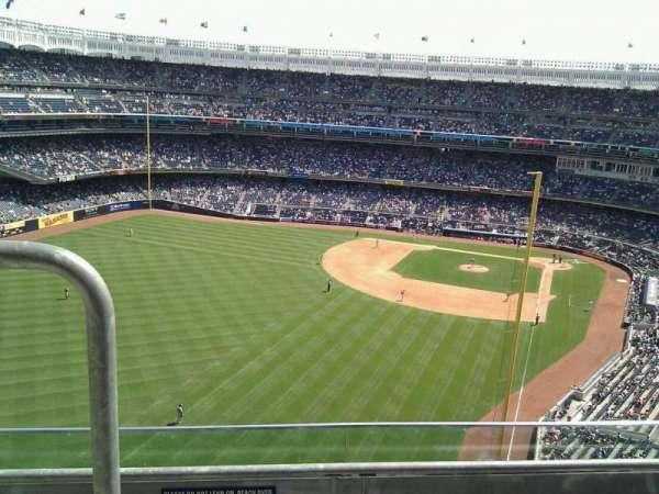 Yankee Stadium, secção: 433, fila: 3, lugar: 14