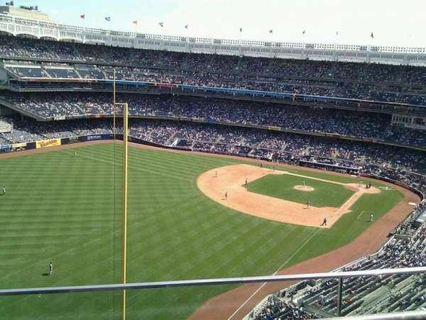 Yankee Stadium, secção: 432a, fila: 2, lugar: 9