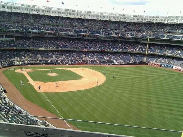 Yankee Stadium, secção: 308, fila: 5, lugar: 17