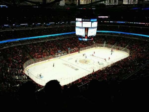 United Center, secção: 322, fila: 14, lugar: 5