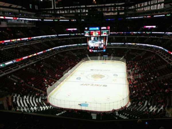 United Center, secção: 308, fila: 9, lugar: 10