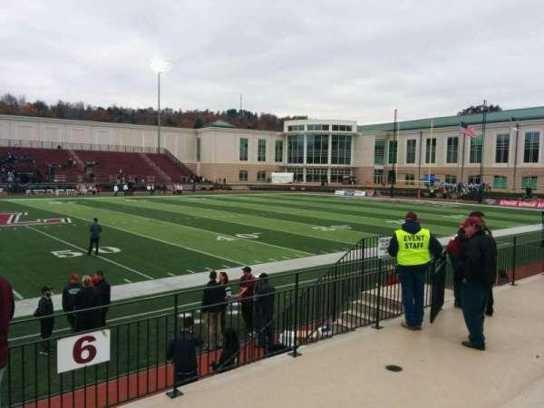 Fisher Stadium, secção: 6, fila: d, lugar: 17