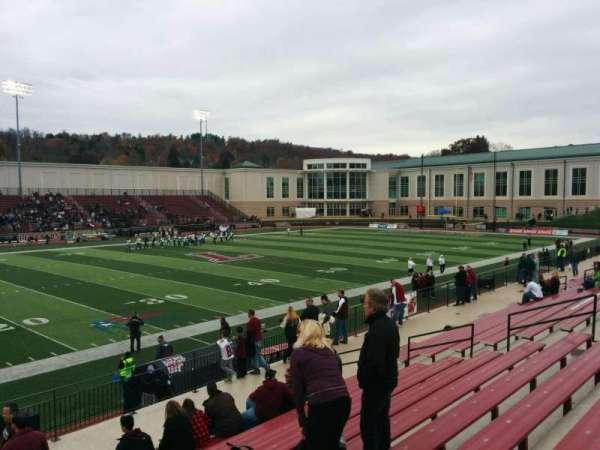 Fisher Stadium, secção: 8, fila: m, lugar: 21