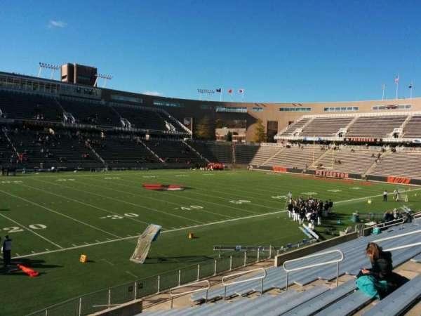 Princeton Stadium, secção: 30, fila: 16, lugar: 19