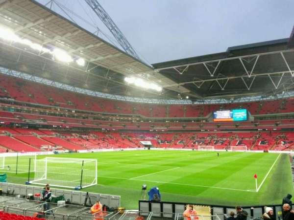 Wembley Stadium, secção: 130, fila: 16, lugar: 230