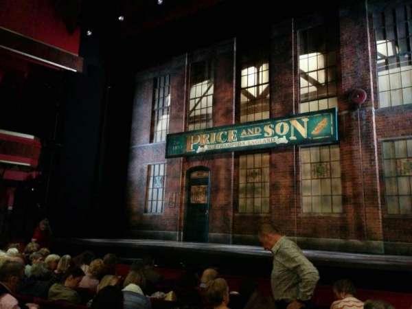 Adelphi Theatre, secção: stalls, fila: g, lugar: 7