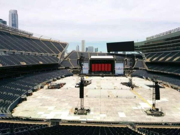 Soldier Field, secção: 323, fila: 3, lugar: 16