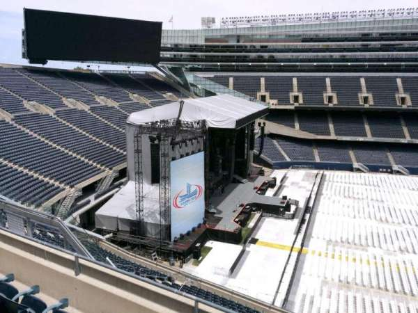Soldier Field, secção: 441, fila: 4, lugar: 12