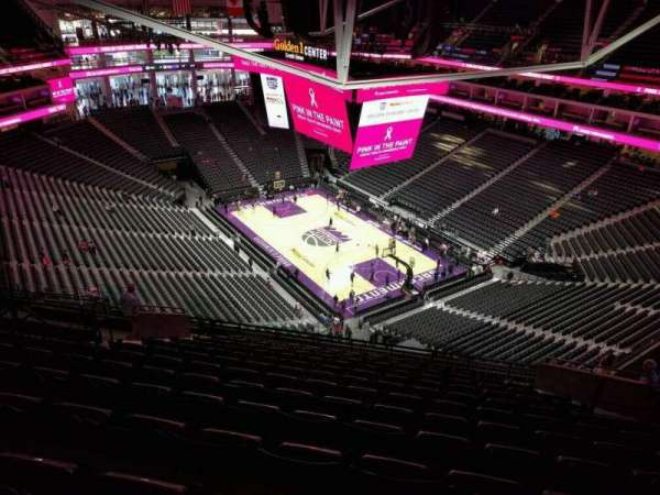 Golden 1 Center, secção: 214, fila: q, lugar: 18