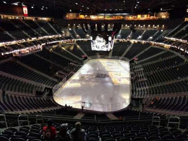 T-Mobile Arena, secção: 215, fila: m, lugar: 9
