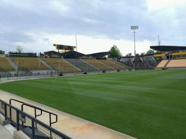 Fifth Third Bank Stadium, secção: 124, fila: b, lugar: 7