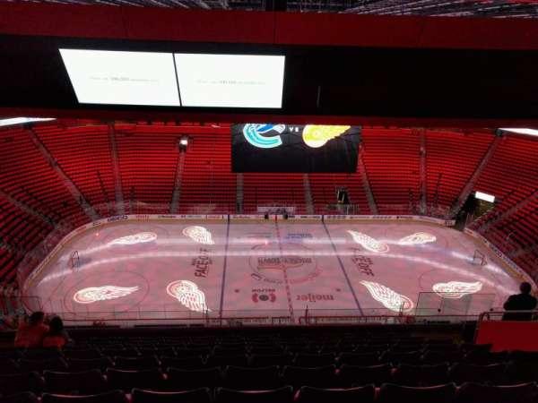 Little Caesars Arena, secção: 227, fila: 10, lugar: 10