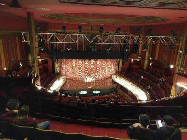 Folies Bergère, secção: galerie, fila: j, lugar: 13