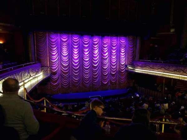 Folies Bergère, secção: balcony, fila: a, lugar: 17