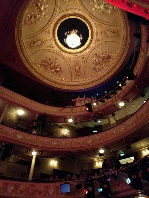Garrick Theatre, secção: looking up