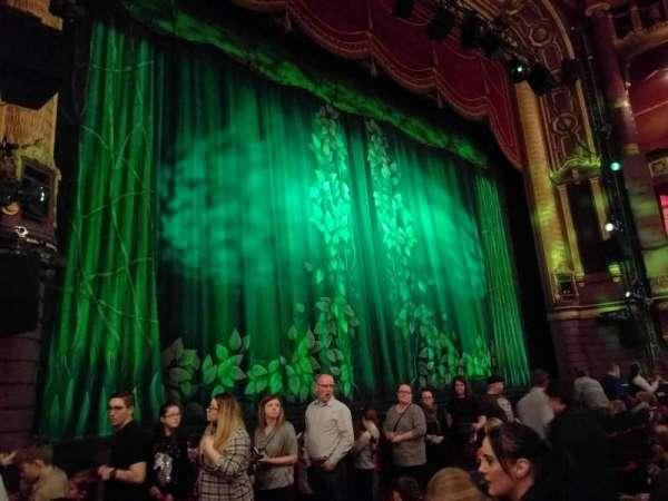 Palace Theatre (Manchester), secção: stalls, fila: d, lugar: 37