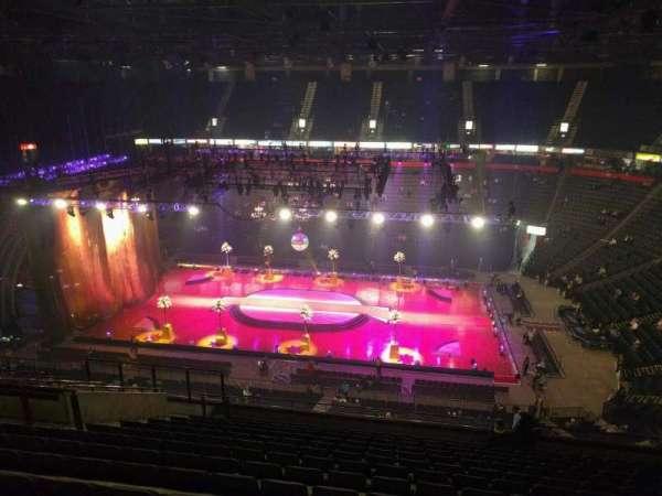 Manchester Arena, secção: 204, fila: p, lugar: 13