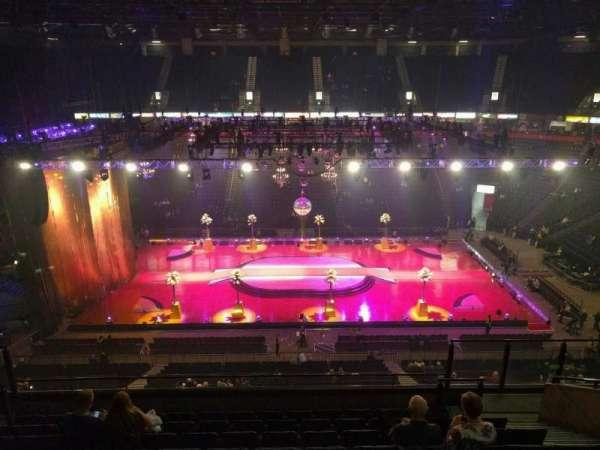 Manchester Arena, secção: 203, fila: j, lugar: 13