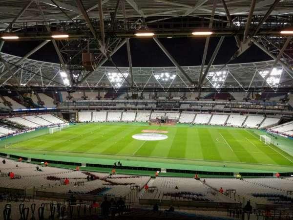 London Stadium, secção: 237, fila: 60, lugar: 388