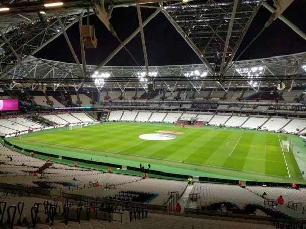 London Stadium, secção: 239, fila: 56, lugar: 326