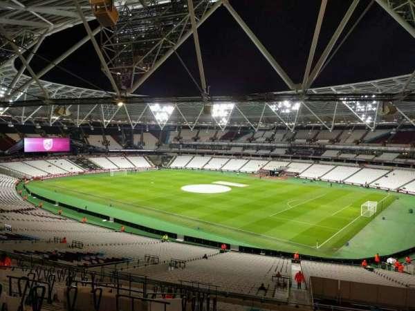 London Stadium, secção: 241, fila: 52, lugar: 263