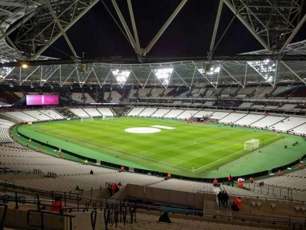 London Stadium, secção: 242, fila: 50, lugar: 230