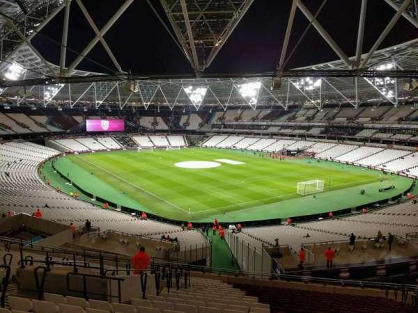 London Stadium, secção: 244, fila: 51, lugar: 168