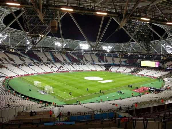 London Stadium, secção: 202, fila: 59, lugar: 633