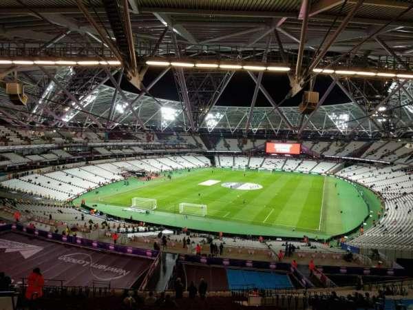 London Stadium, secção: 225, fila: 63, lugar: 788