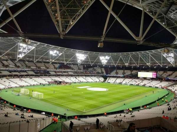London Stadium, secção: 229, fila: 45, lugar: 662