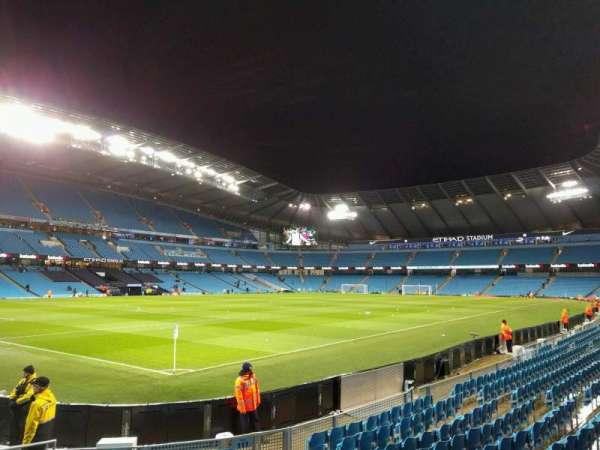 Etihad Stadium (Manchester), secção: 111, fila: k, lugar: 263