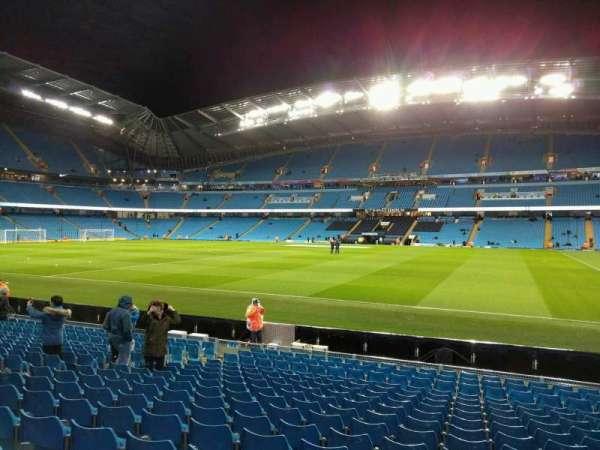 Etihad Stadium (Manchester), secção: 102, fila: p, lugar: 47