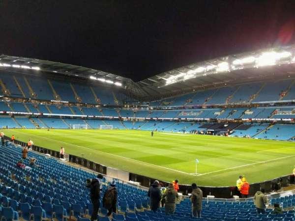 Etihad Stadium (Manchester), secção: 140, fila: u, lugar: 1147