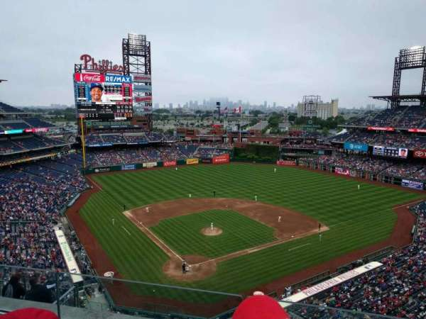 Citizens Bank Park, secção: 419, fila: 3, lugar: 17