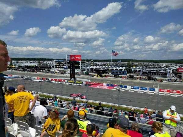 Pocono Raceway, secção: 220, fila: 23, lugar: 21