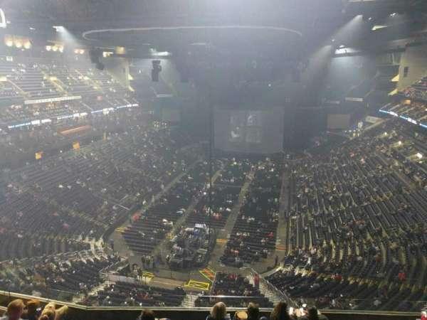 Nationwide Arena, secção: 209, fila: h, lugar: 13