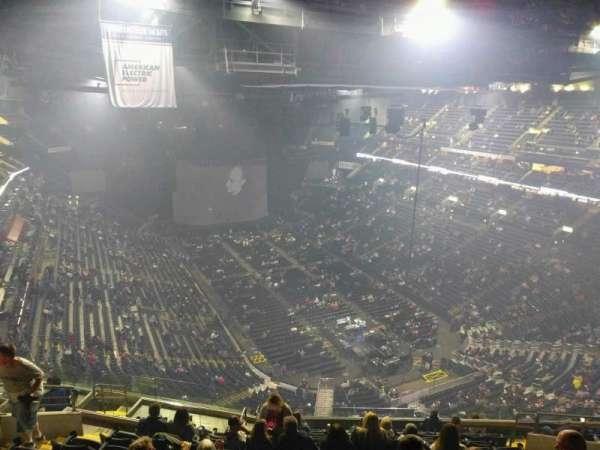 Nationwide Arena, secção: 212, fila: n, lugar: 12