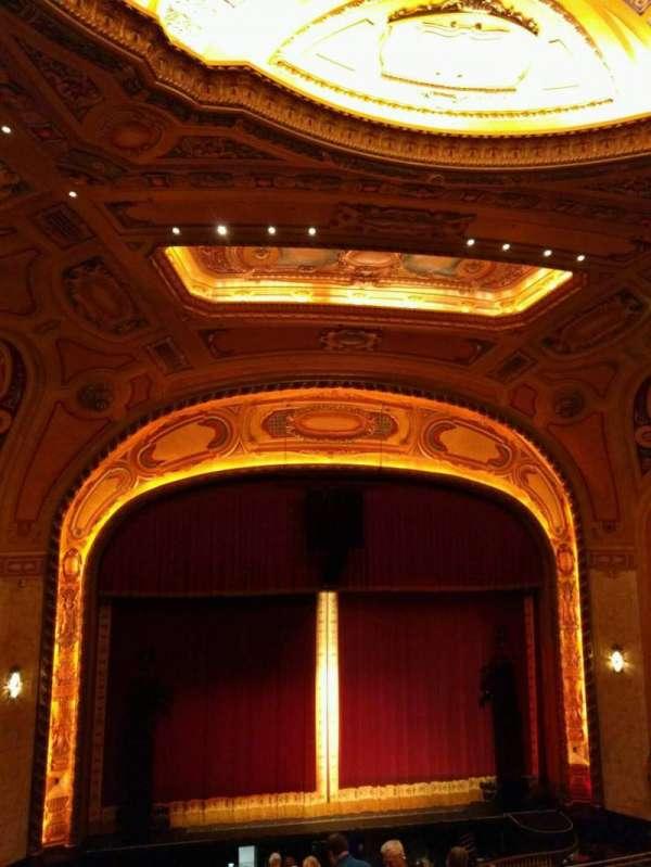 Shea's Buffalo, secção: Balcony 5, fila: j, lugar: 5