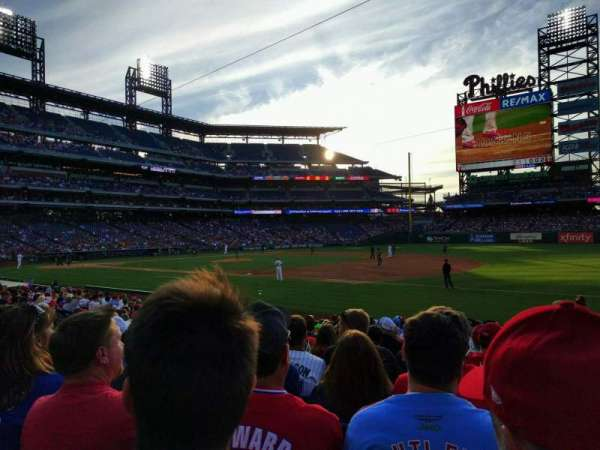Citizens Bank Park, secção: 113, fila: 17, lugar: 5